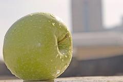 Propiedades de la manzana verde para bajar el colesterol